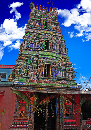 Le Temple de Verre d'Arulmigu Sri Rajakaliamman á Johor Bahru