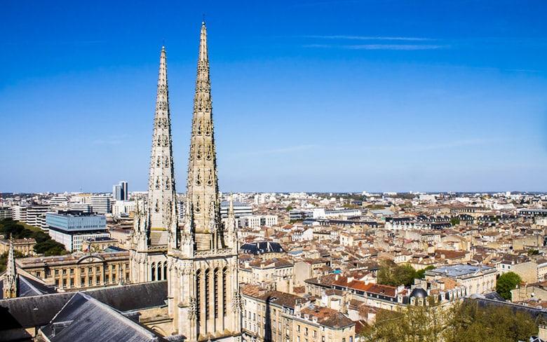 La Cathédrale de Bordeaux et la Tour Pey-Berland