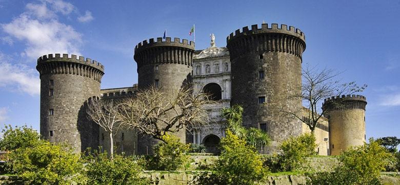 Nouveau Château á Naples