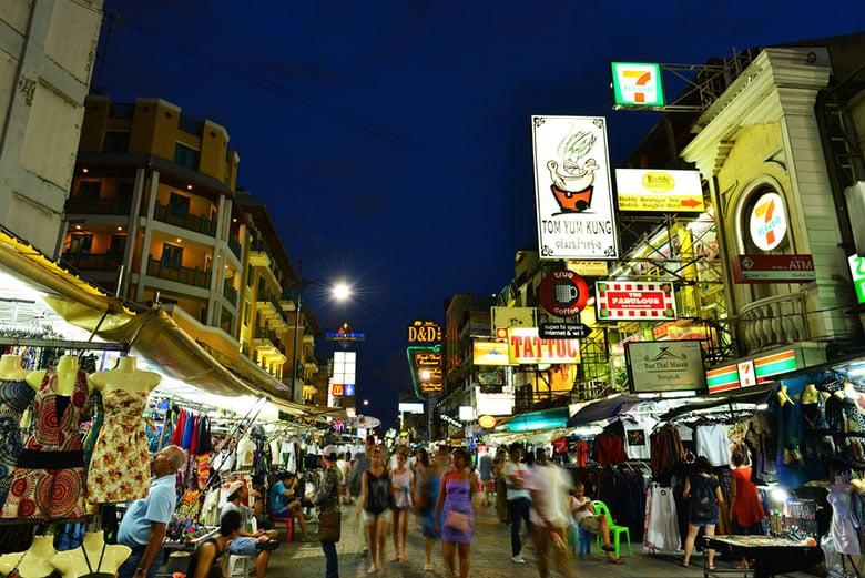 La rue Khao San á Bangkok