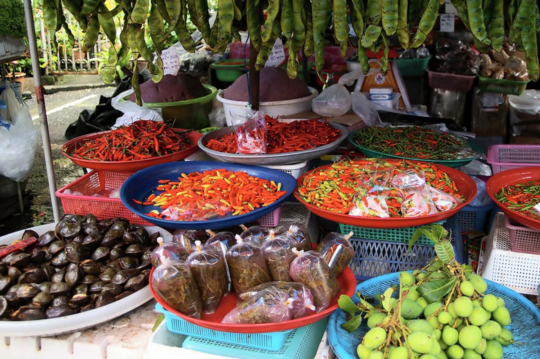 Marché de Naka (Naka Market) á Phuket