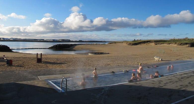 Nautholsvik Geothermal Beach á Reyjkavik