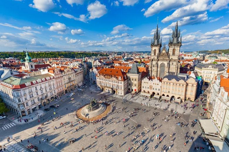 La place de la Vieille-Ville á Prague