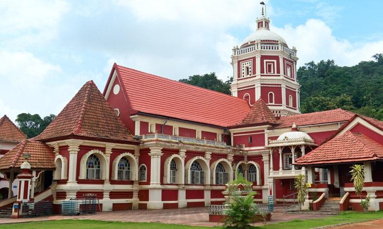 Temple Shantadurga á Goa