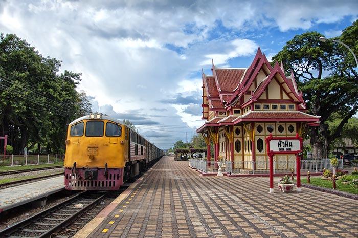 Voyager en train de Bangkok à Hua Hin