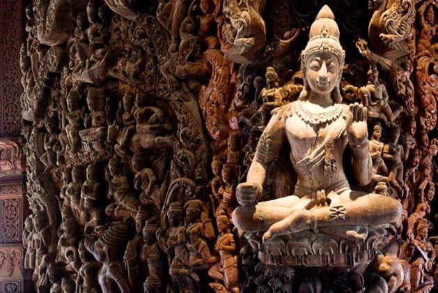 Le sanctuaire de la Vérité á Pattaya