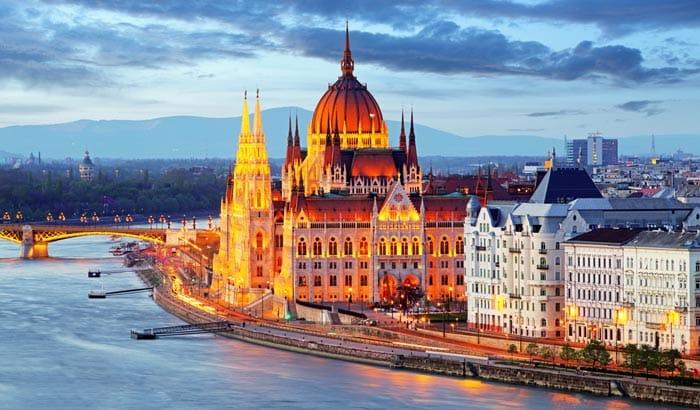 Parlement hongrois á Budapest