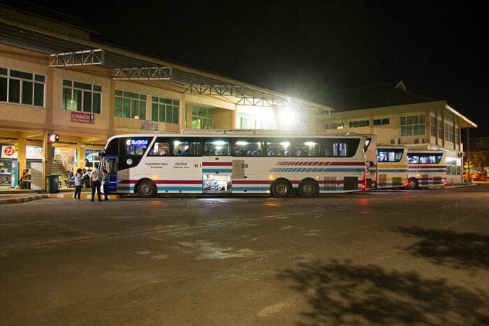 De Ayutthaya à Chiang Mai en bus