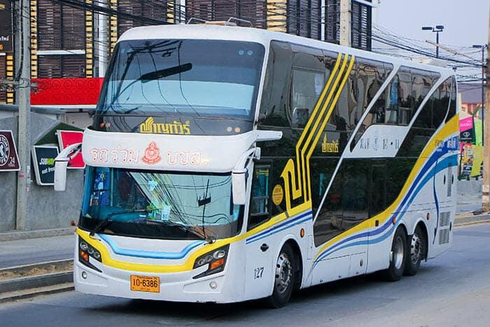 De Bangkok á Nong Khai en bus