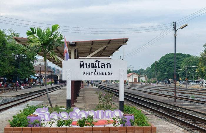 De Bangkok à Sukhothaï en train