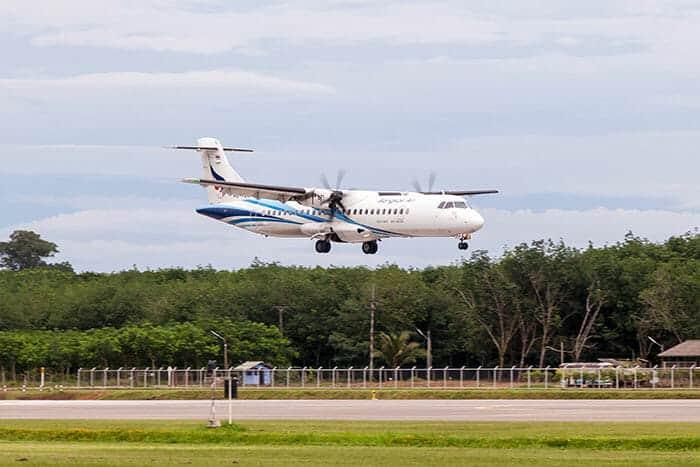 De Bangkok à Trat en Avion