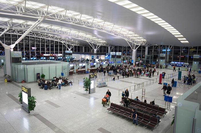 De Hanoi á Hue en Avion