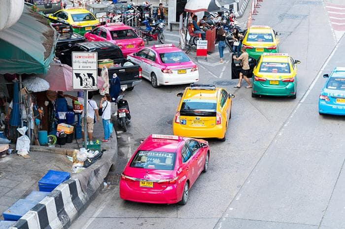 De Bangkok à Khao Lak en taxi