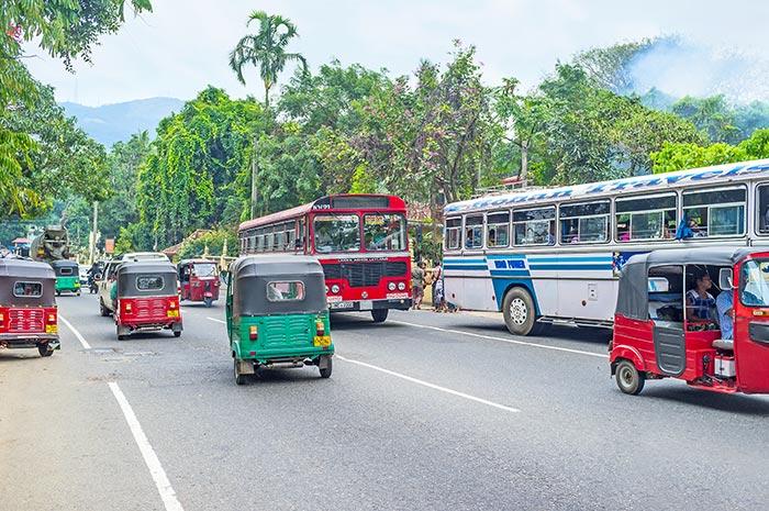 En voiture ou taxi de Colombo à Kandy