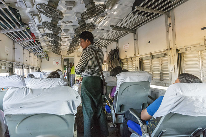 De Mandalay á Bagan en Train