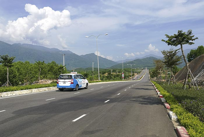 De Da Nang à Hue en taxi