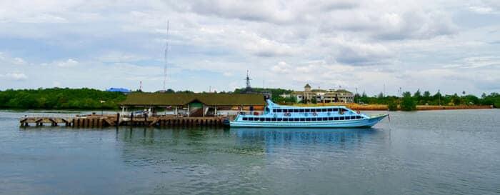 Du quai Klong Jilad de Krabi à Koh Lipe