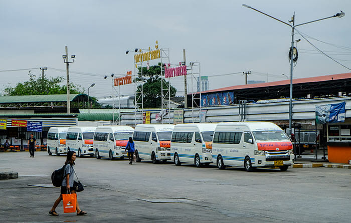 De Bangkok à Prachuap Khiri Khan en van