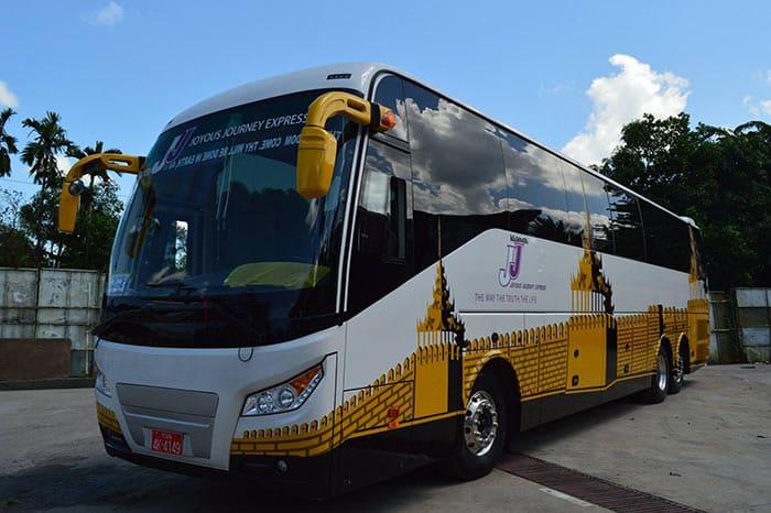 En bus de Yangon à Mandalay