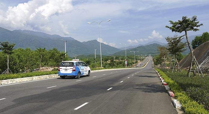De Hue à Hoi An en taxi