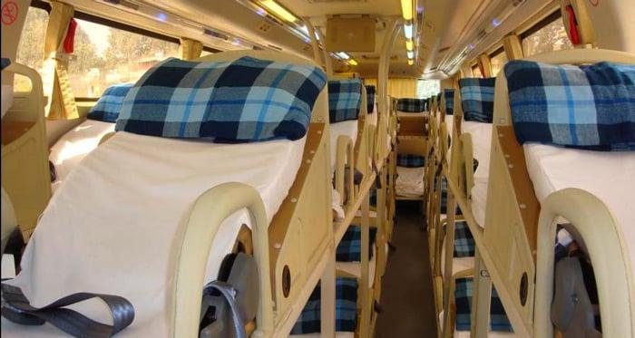 Intérieur d'un bus ouvert