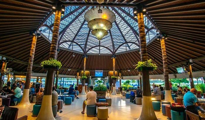 Terminal des départs de l'Aéroport de Koh Samui, construit par Bangkok Airways