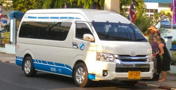 En mini-bus de Krabi à Phuket