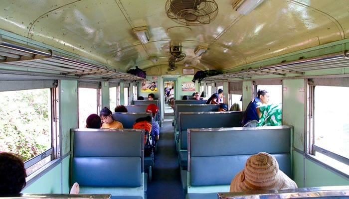 Types de classes et trains en Thaïlande
