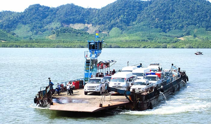 De Ao Nang à Koh Lanta en ferry pour voitures