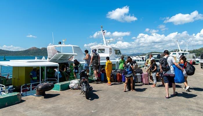 En ferry rapide de El Nido à Coron