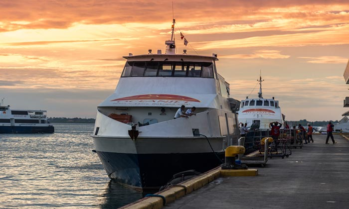 En ferry de Dumaguete à Siquijor