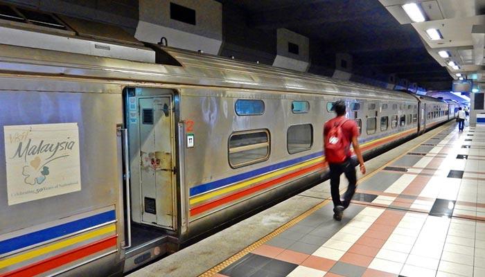 De Johor Bahru à Singapour en train