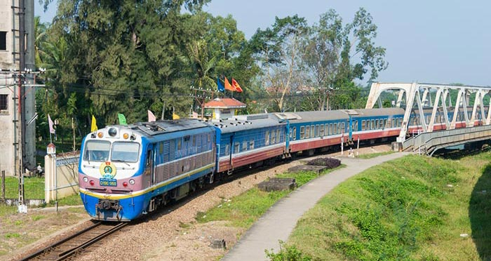 En train de Ninh Binh à Hue