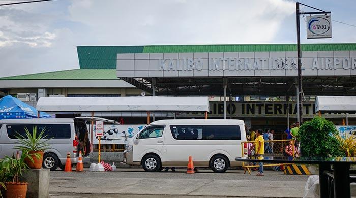 De Kalibo à Boracay en bus et ferry