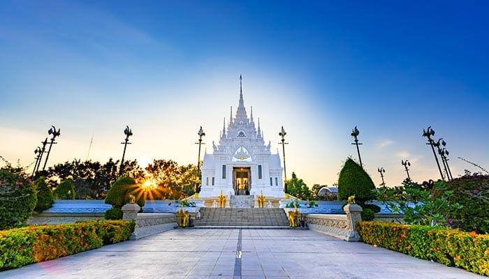 Les temples de Surat Thani
